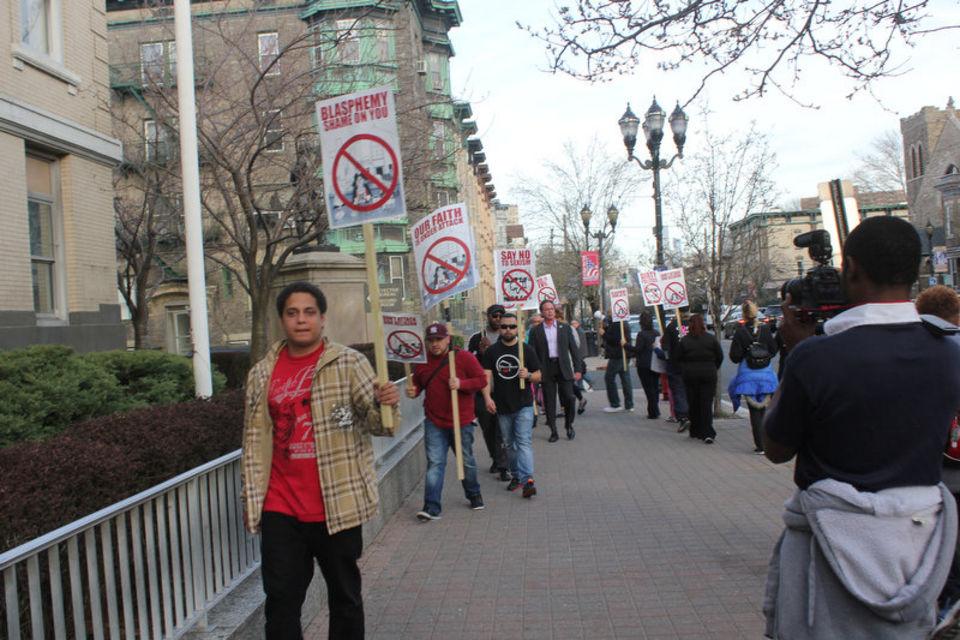 west-new-york-blasphemy-protest